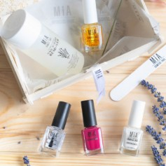 MIA PACK NAILS ESMALTE+ QUITAESMALTES+TRIPLE 5+GEL+FORTALECEDOR